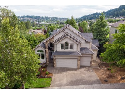Happy Valley Single Family Home For Sale: 11054 SE Rimrock Dr