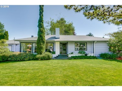 Beaverton Single Family Home For Sale: 14150 SW Far Vista Dr