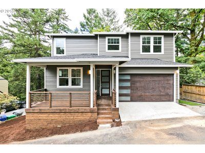 Single Family Home For Sale: 3220 SW Upper Dr