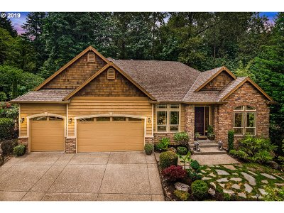 Happy Valley Single Family Home For Sale: 9727 SE Nicholas Dr