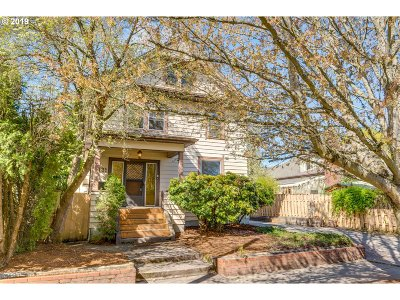 Portland Single Family Home For Sale: 3131 SE Main St