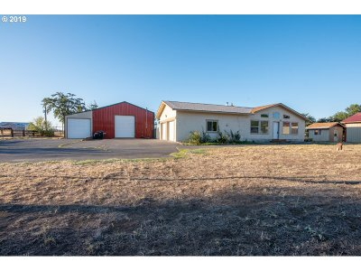 Umatilla County Single Family Home For Sale: 79286 Lewis Rd