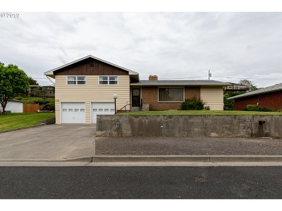 Umatilla County Single Family Home Bumpable Buyer: 305 NW Ingram Ln