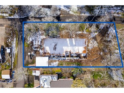 Happy Valley Single Family Home For Sale: 12505 SE Crest Dr