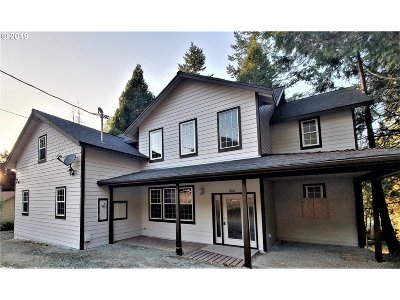 Canyonville Single Family Home For Sale: 600 Mont St