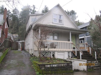 Portland Single Family Home For Sale: 5941 SW Corbett Ave