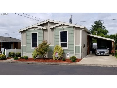 Tigard Single Family Home For Sale: 12450 SW Fischer Rd #130