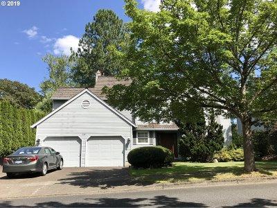 Beaverton, Aloha Single Family Home For Sale: 560 SW 166th Ave