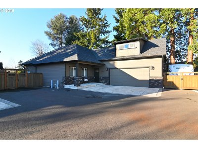 Eugene Single Family Home For Sale: 2263 Jeppesen Acres Rd