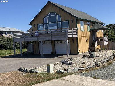 Bandon Single Family Home For Sale: 1257 SW Beach Loop Dr