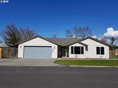 Single Family Home For Sale: 23725 NE Stanley St