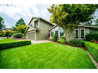 Tualatin Single Family Home For Sale: 21913 SW Blackfoot Dr