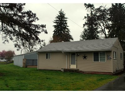 Scappoose Single Family Home For Sale: 52806 NE 3rd St