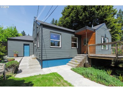 Portland Single Family Home For Sale: 505 SW Bancroft St
