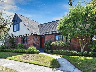 Portland Single Family Home For Sale: 4310 NE Siskiyou St