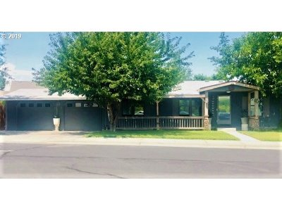 Hermiston Single Family Home For Sale: 1542 SW Amber Ct