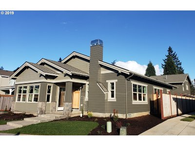 Eugene Single Family Home For Sale: 3875 Sterling Woods Dr