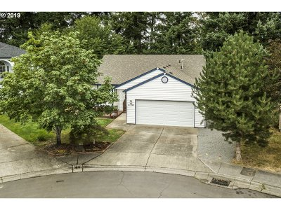 Beaverton Single Family Home For Sale: 21199 SW Kenneth Ct