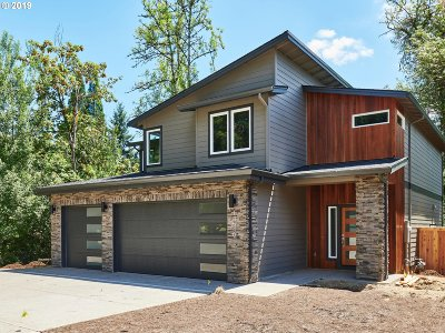 Happy Valley Single Family Home Pending: 13007 SE Snowfire Ct