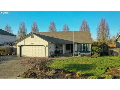 Woodburn Single Family Home For Sale: 1287 Bernard St