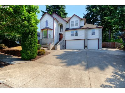 Oregon City Single Family Home For Sale: 16280 Barlow Dr