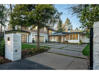 Multnomah County Single Family Home For Sale: 1387 SW Military Rd