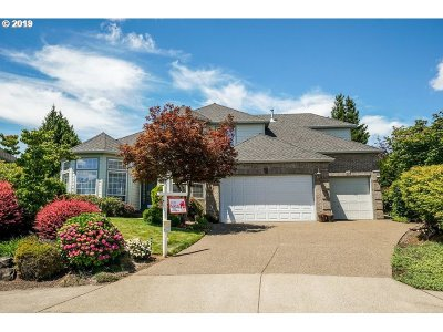 Tigard Single Family Home For Sale: 13947 SW Alpine View Ct