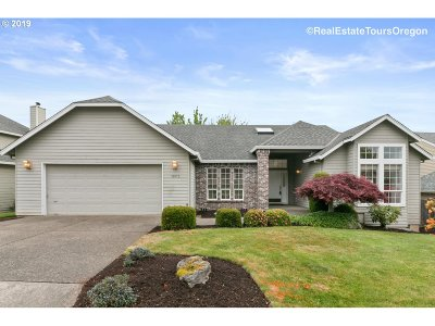Tigard Single Family Home For Sale: 13673 SW Westridge Ter