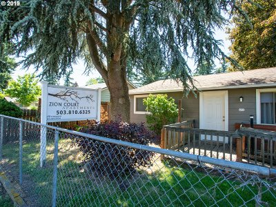 Portland Multi Family Home For Sale: 637 SE 190th Ave
