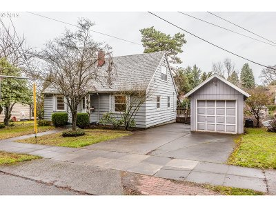 Portland Single Family Home Bumpable Buyer: 6401 SE Belmont St