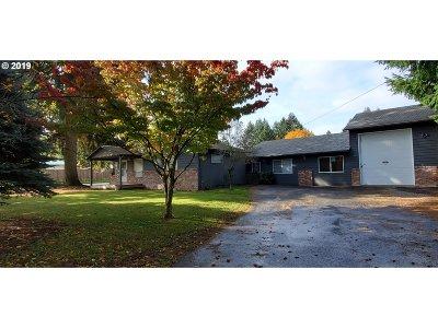 Multi Family Home For Sale: 1015 NE 157th Ave