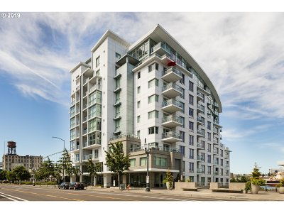 Condo/Townhouse For Sale: 1310 NW Naito Pkwy #605A