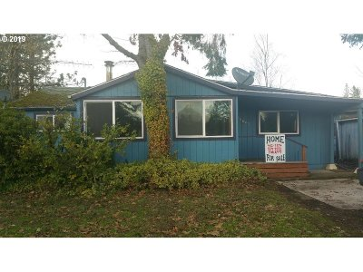 Veneta OR Single Family Home Pending: $137,700