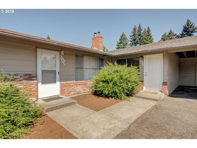 Multnomah County Multi Family Home For Sale: 15645 E Burnside St