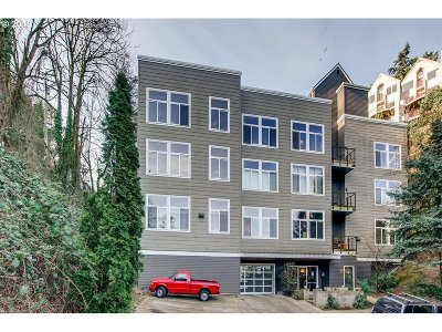 Portland Condo/Townhouse For Sale: 1910 SW 18th Ave #25