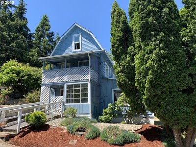 Coos Bay Single Family Home For Sale: 93795 Bay Park Ln