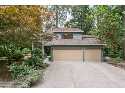 West Linn Single Family Home For Sale: 466 SW Hebb Park Rd