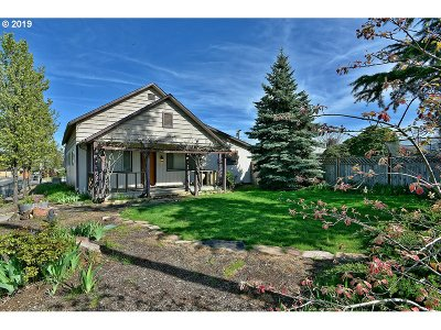 Central Point Single Family Home For Sale: 892 Laurel St