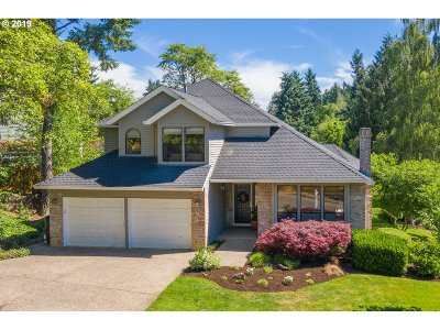 West Linn Single Family Home For Sale: 1499 Braemar Dr