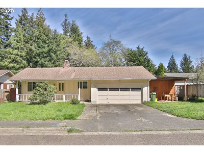 North Bend Single Family Home For Sale: 3783 Spruce St