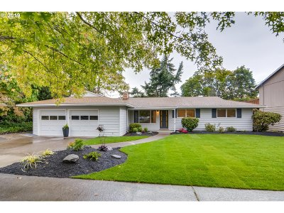 Beaverton Single Family Home For Sale: 9895 SW Heather Ln