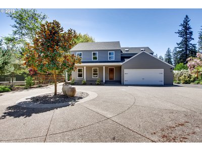 Lake Oswego Single Family Home For Sale: 5680 Childs Rd