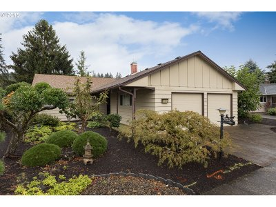 Sherwood, King City Single Family Home For Sale: 15905 SW Queen Victoria Pl