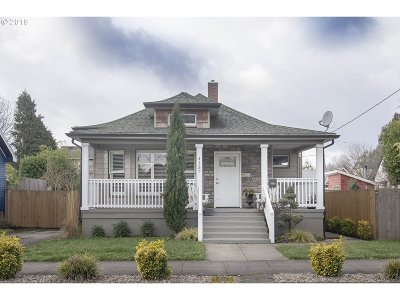 Portland Single Family Home For Sale: 4137 NE 7th Ave
