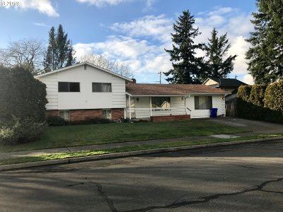 Portland OR Single Family Home For Sale: $279,500
