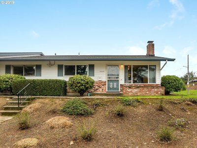 Single Family Home For Sale: 1045 NE 90th Ave #D