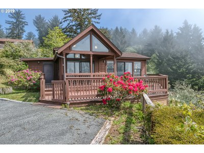 Brookings Single Family Home For Sale: 19921 Whaleshead Rd #T14