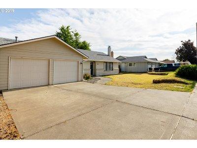 Hermiston Single Family Home For Sale: 840 W Johns Ave
