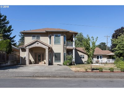 Portland Single Family Home For Sale: 1827 SE 76th Ave