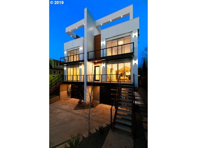 Portland Multi Family Home For Sale: 3412 NE Rodney Ave